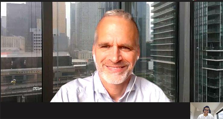 Appel vidéo entre Danny Elnatour, PDG pour un mois, et Gilbert Boileau, président d'Adecco Canada